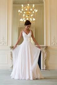when to shop for a wedding dress best 25 flowing wedding dresses ideas on simple dress