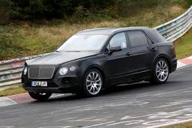 bentley suv 2016 bentley bentayga suv pics specs and on sale date pictures 1