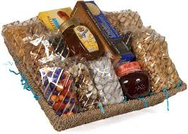 Gourmet Food Baskets Best 25 Gourmet Gift Baskets Ideas On Pinterest Wine Hampers