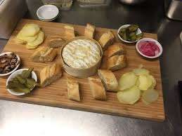 cuisiner un mont d or planche mont d or picture of eiffel restaurant brisbane tripadvisor