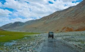 jeep rich jacket leh ladakh jeep safari package from manali thrillophilia