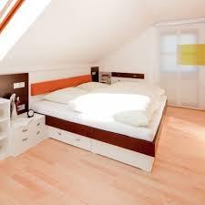 Schlafzimmer Ohne Schrank Gestalten Die Besten 25 Schlafzimmer Dachschräge Ideen Auf Pinterest
