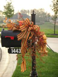 Outdoor Thanksgiving Decorations by Autumn Mailbox Swag Crafts Pinterest Swag Autumn And Fall Decor