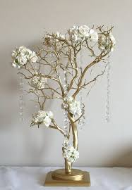 Wedding Centerpiece Stands by Best 25 Tree Centerpieces Ideas On Pinterest Manzanita