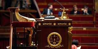 si e de l assembl nationale le président de l assemblée nationale n est pas qu un chef de cour
