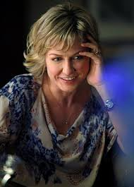 amy carlson hairstyles on blue bloods like this hairstyle linda amy carlson on blue bloods