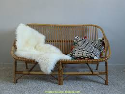 repeindre canapé créatif repeindre un canapé en rotin artsvette