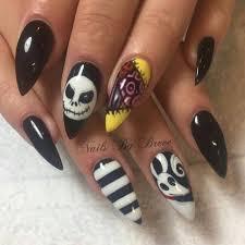 best 25 christmas nail designs easy simple ideas on pinterest