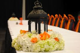 marvelous image of wedding table decoration using black metal iron