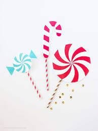 Christmas Photo Booth Props Holiday Photobooth Backdrop Tissue Paper Fan Tutorial