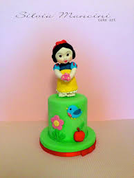 splendid baby snow white cake between the pages