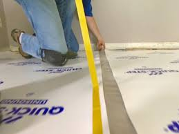 Best Underlayment For Laminate Flooring In Basement How To Install Underlayment And Laminate Flooring How Tos Diy