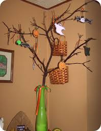 halloween tree with ornaments a little bit u0027a thisnthat october 2011