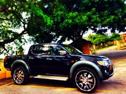 mitsubishi warrior 2010 mitsubishi l200 projects to try pinterest mitsubishi pajero