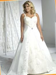 cheap plus size wedding dresses with sleeves cheap designer plus size wedding gowns dresses 200 guest for
