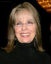 hair to hide forehead wrinkles diane keaton shoulder length hairstyle with thin bangs to hide