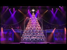 Singing Christmas Tree Lights Shine Down 2012 Bellevue Singing Christmas Tree Youtube