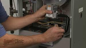 rheem furnace not heating replace gas valve 60 100394 03 youtube