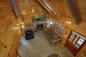 wolves den 3 bedroom cabin cabins usa gatlinburg