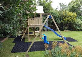 penthouse ramp and swing climbing frame green hands