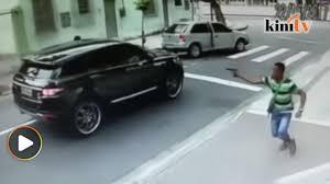 dalam kereta range rover penjaga gol brazil kena rompak video dailymotion