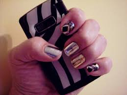 sweet chic nail trends