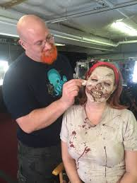 halloween horror nights behind the scenes universal studios hollywood halloween horror nights behind the