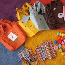 goody bag ideas eco friendly goody bag ideas for kids popsugar goody