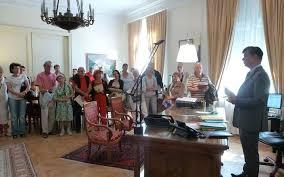 le bureau pau pau 100 palois dans le bureau du préfet la république des