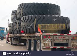 Oversize Load Flags Truck Hauling Oversize Load Stock Photos U0026 Truck Hauling Oversize