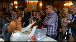 catalan independence referendum descends into chaos cnn