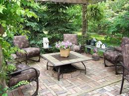 Patio Ideas For Small Gardens Small Patio Garden Ideas Webzine Co