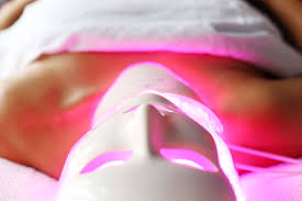 How Does Light Therapy Work Why You Must Try Led Light Therapy To Vogue Or Bust