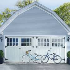 benjamin moore storm siding barren plain trim phillipsburg blue