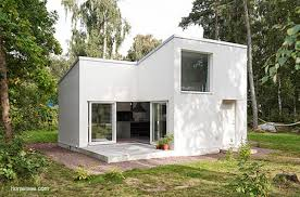 Little House Designs Vista En Perspectiva De Una Moderna Casa Peque A Fachadas Blancas