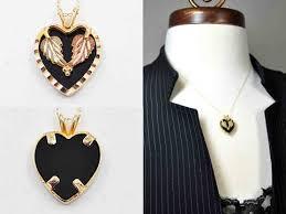 vintage black pendant necklace images Vintage black hills gold 10k gold onyx heart pendant necklace jpg