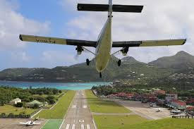 Comfort Winair Top 7 St Barts Airport Landing Photos From Instagram St Barths