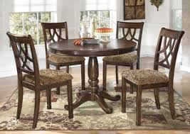 Round Dining Room Tables For 4 Danto Furniture Leahlyn Round Dining Table W 4 Side Chairs