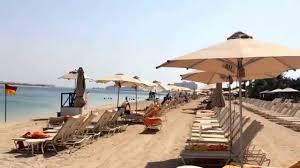 hotel atlantis the beach of hotel atlantis the palm dubai uae youtube