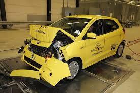 si e auto crash test ncap delusione fiat 500 e ford ka bene le altre sicurauto it