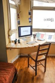Making A Wood Desktop by Best 25 Corner Desk Ideas On Pinterest Computer Rooms Corner