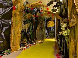 100 haunted backyard ideas make a haunted house 14
