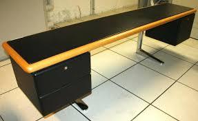 bureau pas large plateau de bureau bois ensemble bureau design warren platner pour