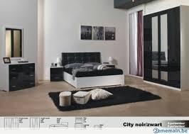 chambre à coucher blanc et noir chambre à coucher city en laqué blanc ou noir blanc a vendre