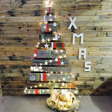 pallet christmas tree 12 pallet christmas tree ideas better than real trees