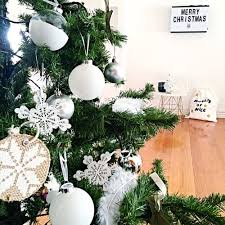 White Christmas Decorations Melbourne by Christmas At My Place The Stylist Splash