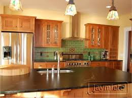 paint color that goes with golden oak cabinets home design