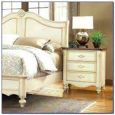 Country Style Bedroom Furniture Bedroom Sets White Bedroom Furniture Sets Photo 7