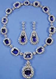 wedding gifts elizabeth sapphire necklace and earrings wedding gift from george vi to