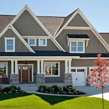 Small House Exterior Paint Schemes by Best 25 Gray Exterior Houses Ideas On Pinterest Grey House
